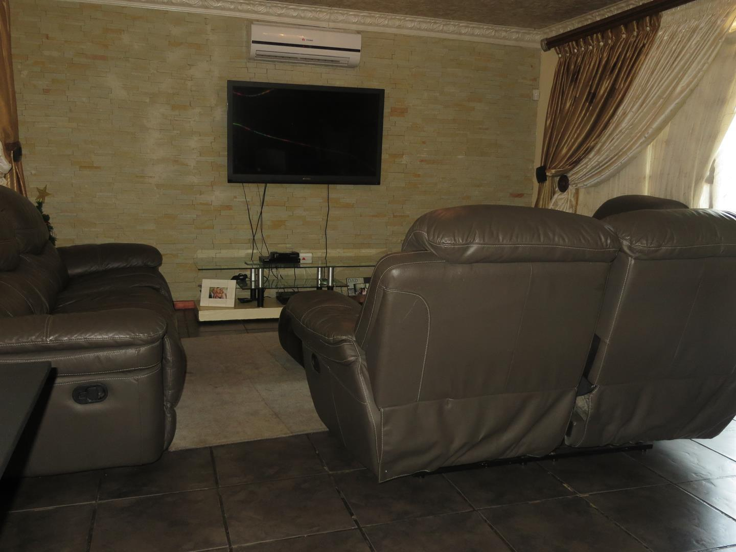 Birdswood property to rent. Ref No: 13464252. Picture no 6