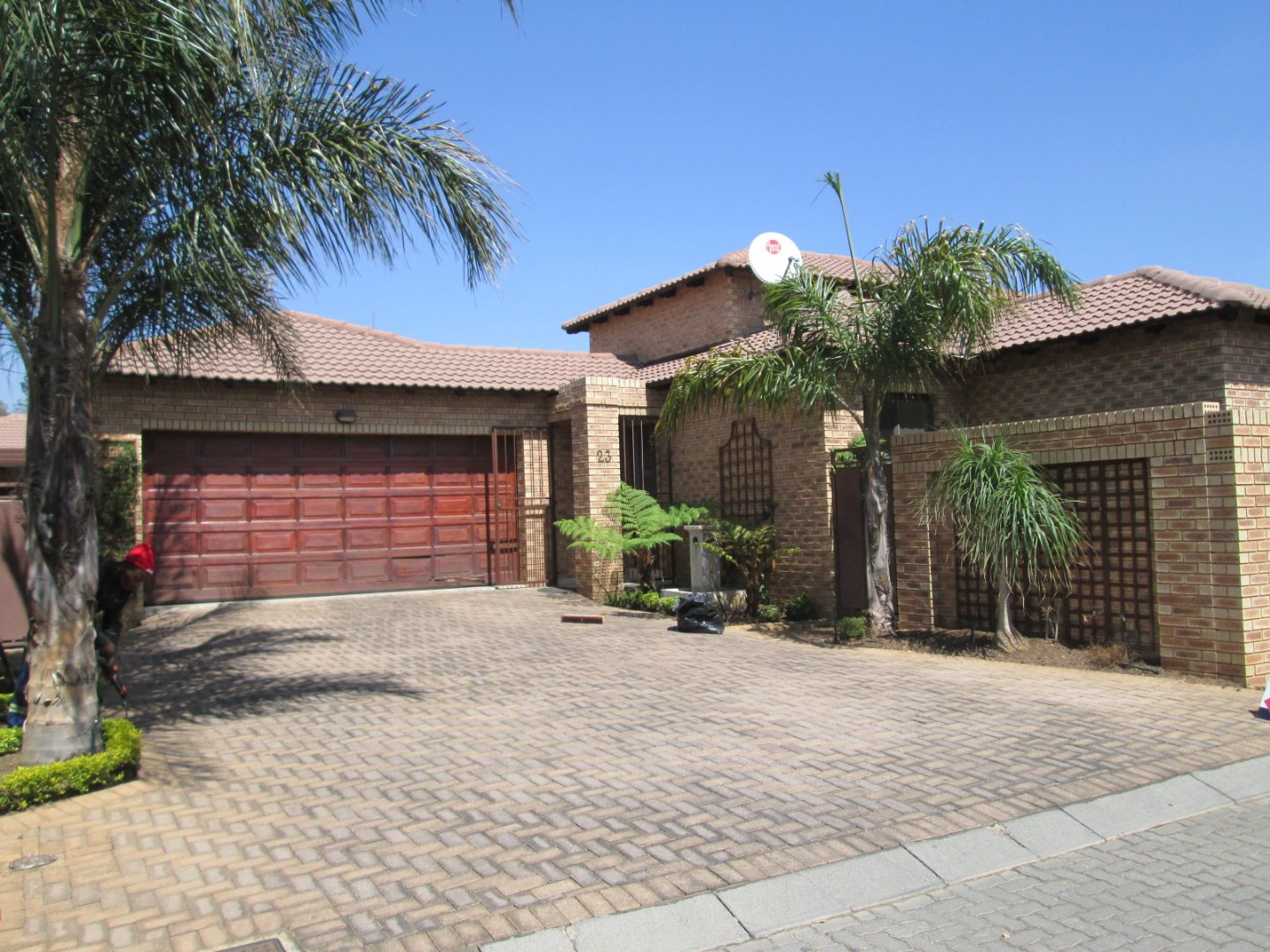 Property and Houses for sale in New Market Park, House, 3 Bedrooms - ZAR 1,790,000