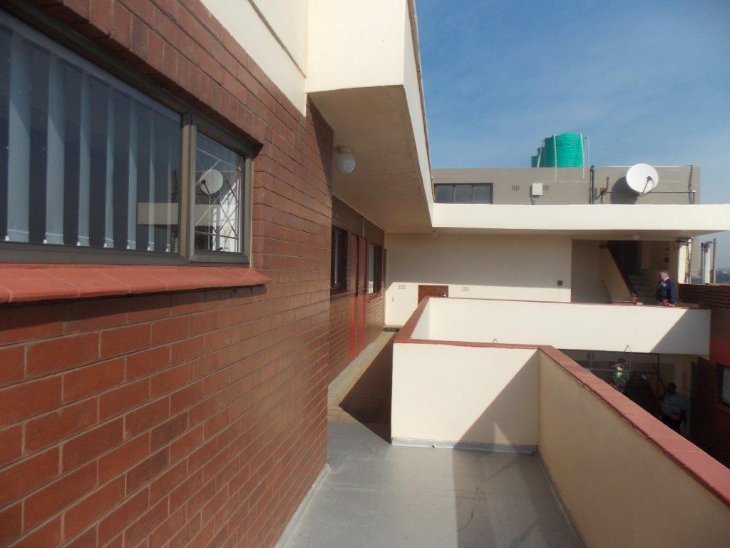 Amanzimtoti property for sale. Ref No: 13355728. Picture no 46
