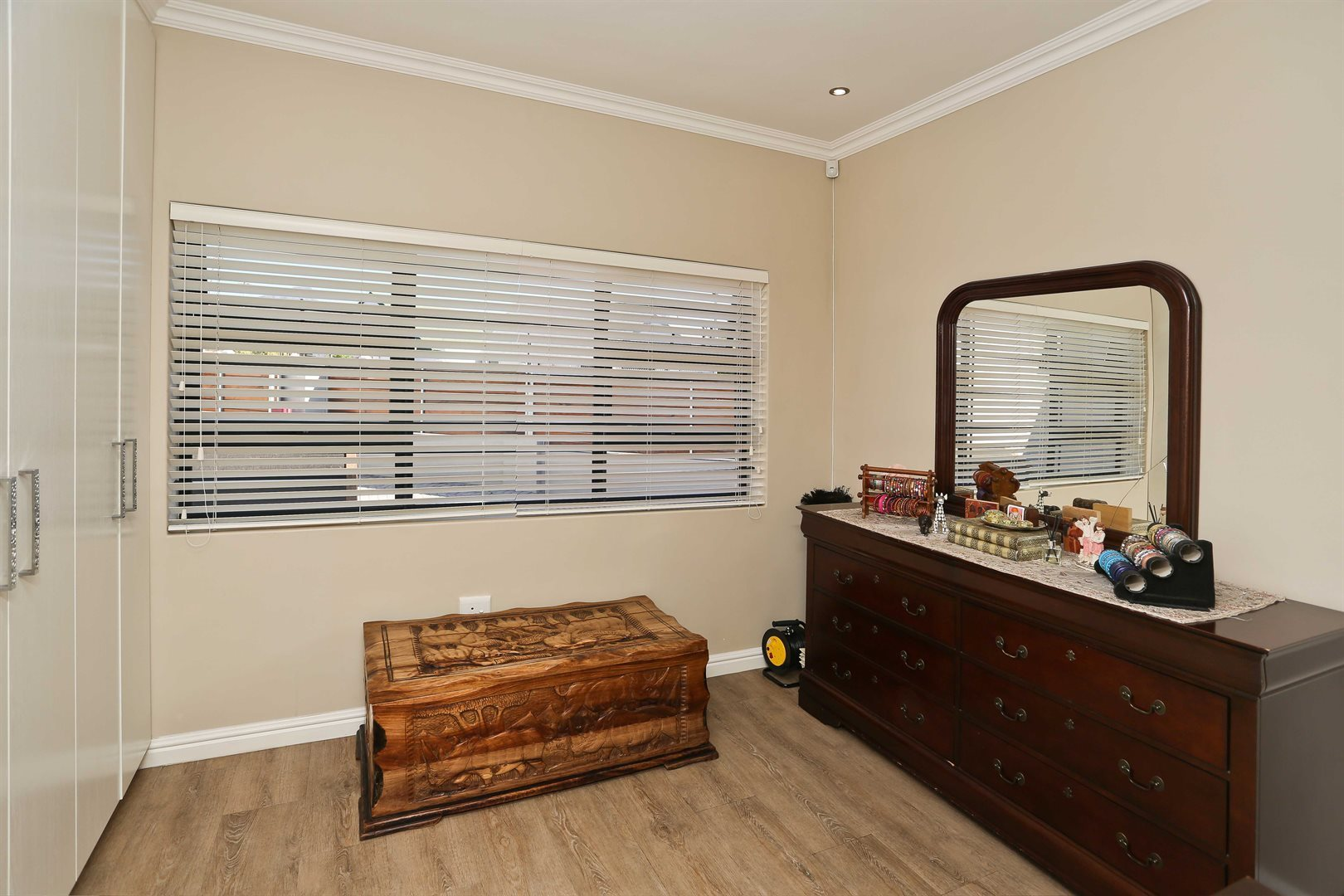 Plumstead property for sale. Ref No: 13581245. Picture no 19