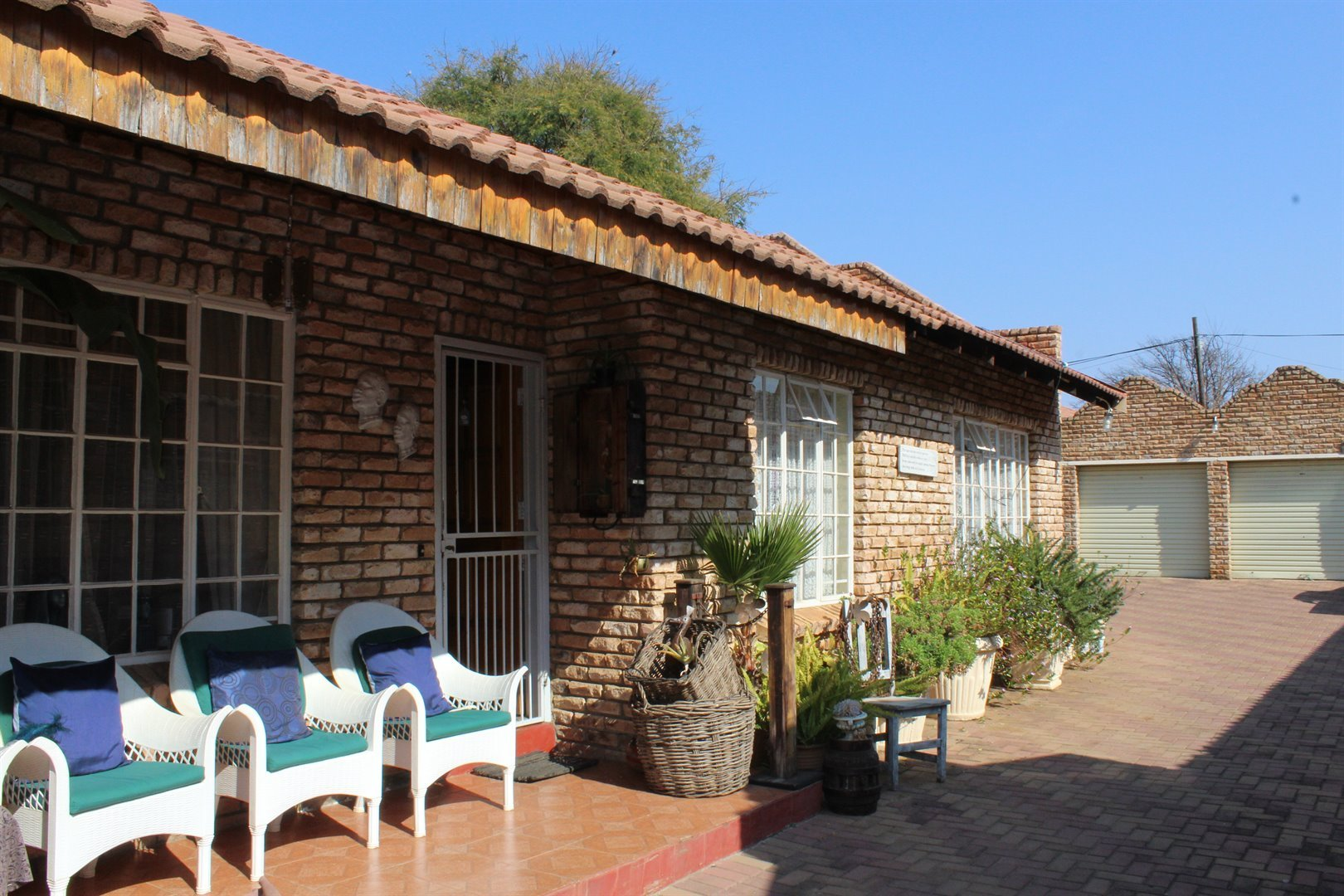 Suid Dorp property for sale. Ref No: 13508208. Picture no 17