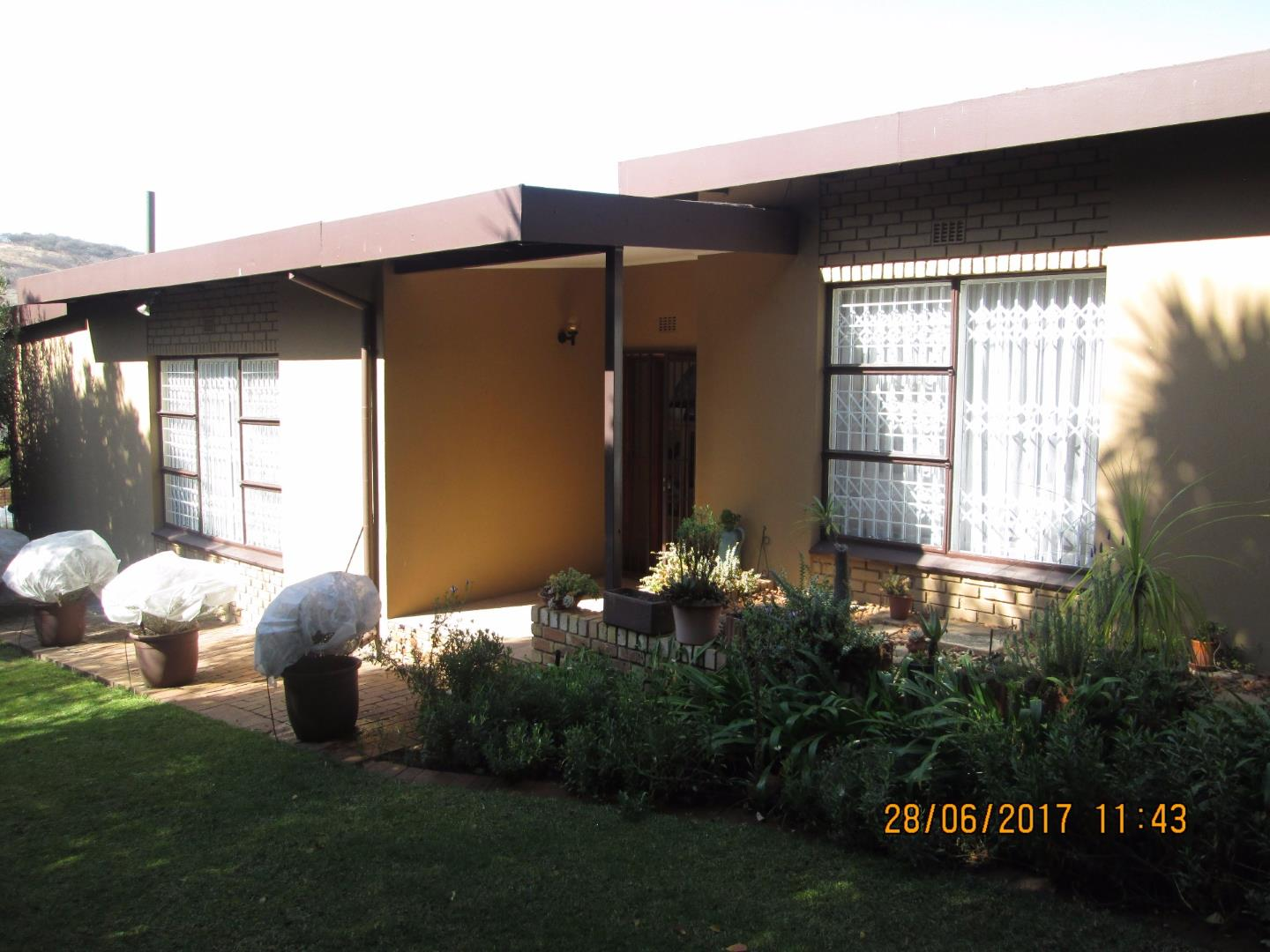 Mondeor property for sale. Ref No: 13526251. Picture no 10