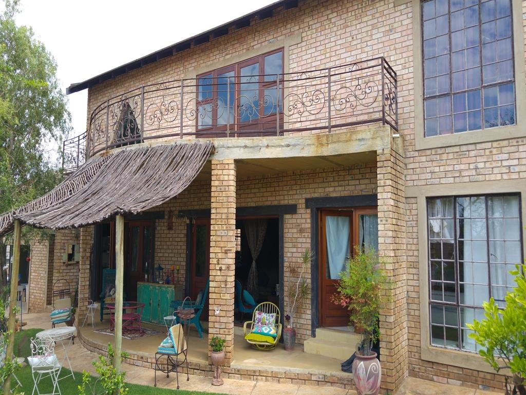 Property and Houses for sale in Thatchfield Estate, House, 3 Bedrooms - ZAR 2,650,000