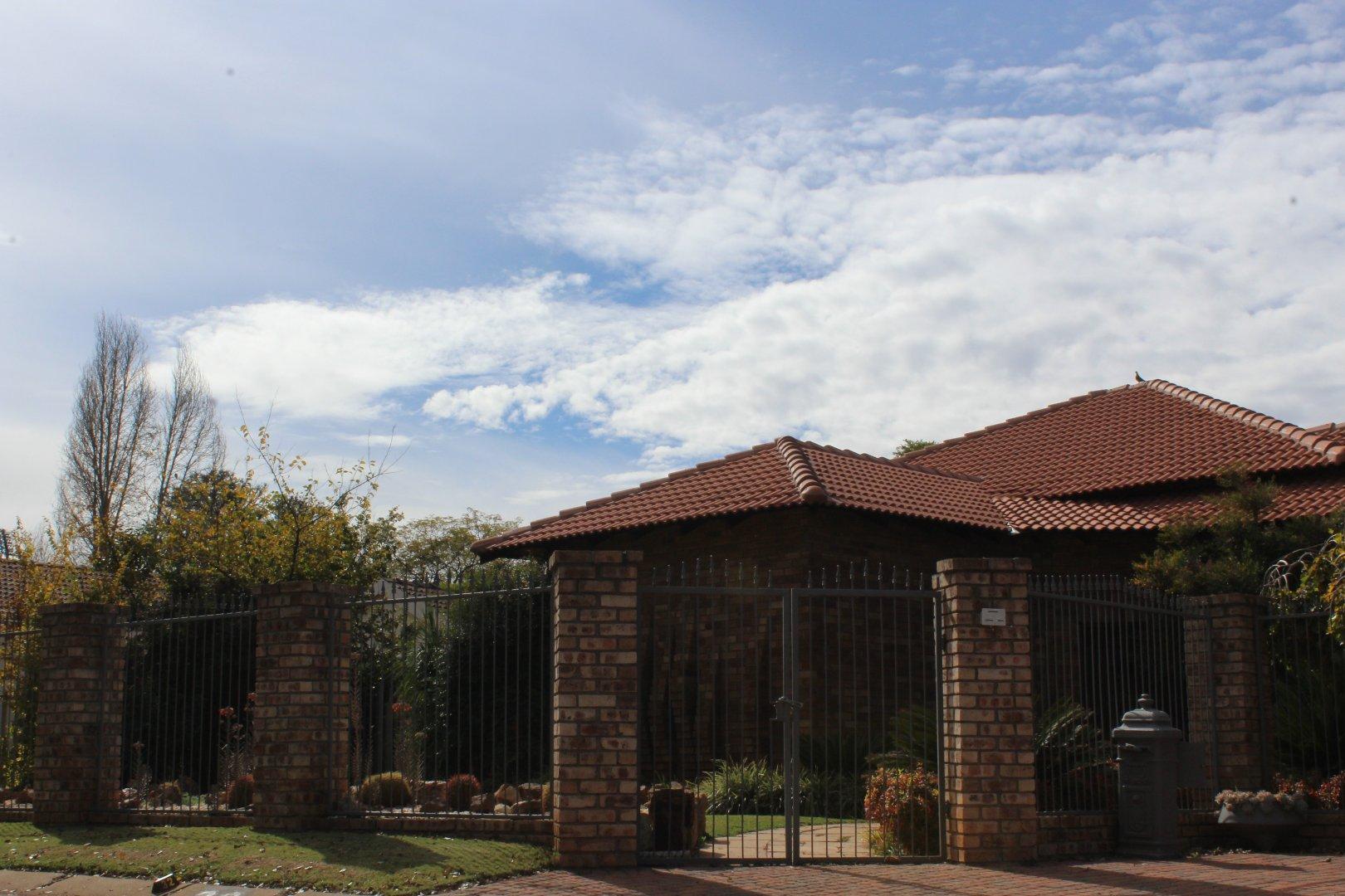 Potchefstroom, Heilige Akker Property  | Houses For Sale Heilige Akker, Heilige Akker, House 3 bedrooms property for sale Price:2,495,000