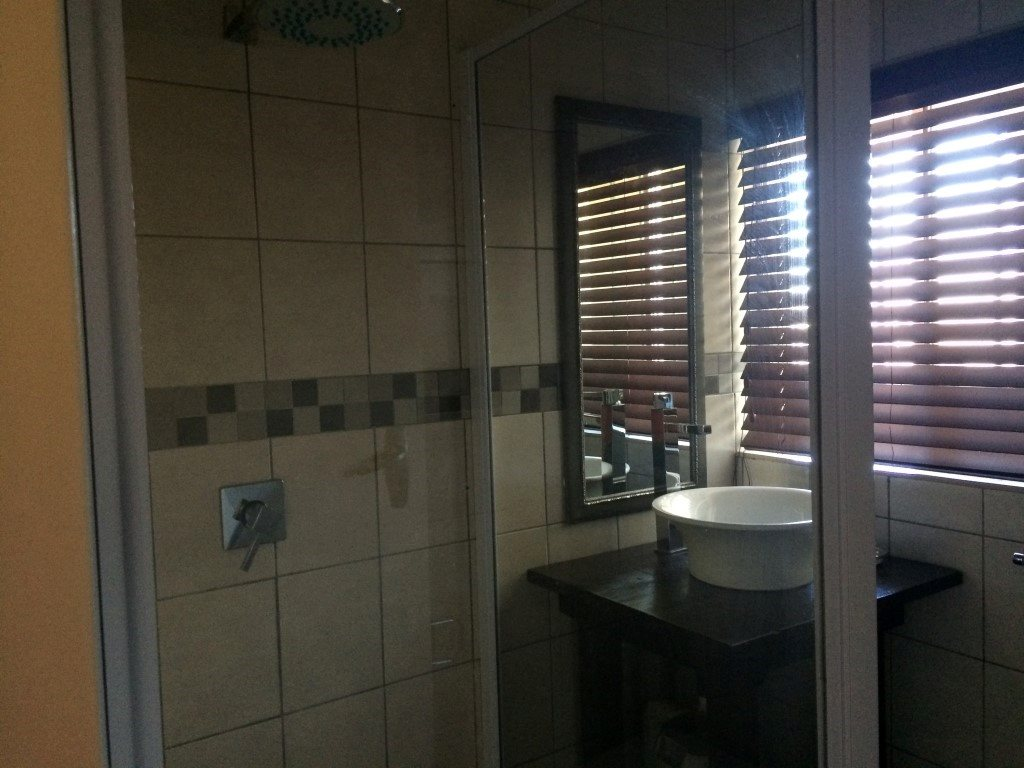 Uvongo property for sale. Ref No: 13283364. Picture no 15
