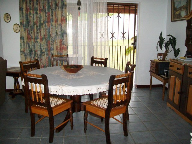 Uvongo property for sale. Ref No: 13477431. Picture no 4