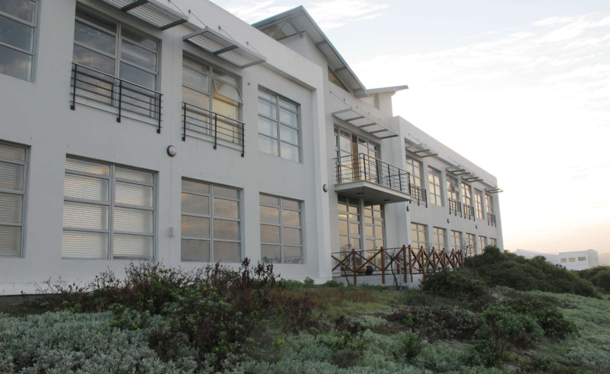 Muizenberg property to rent. Ref No: 13538168. Picture no 1