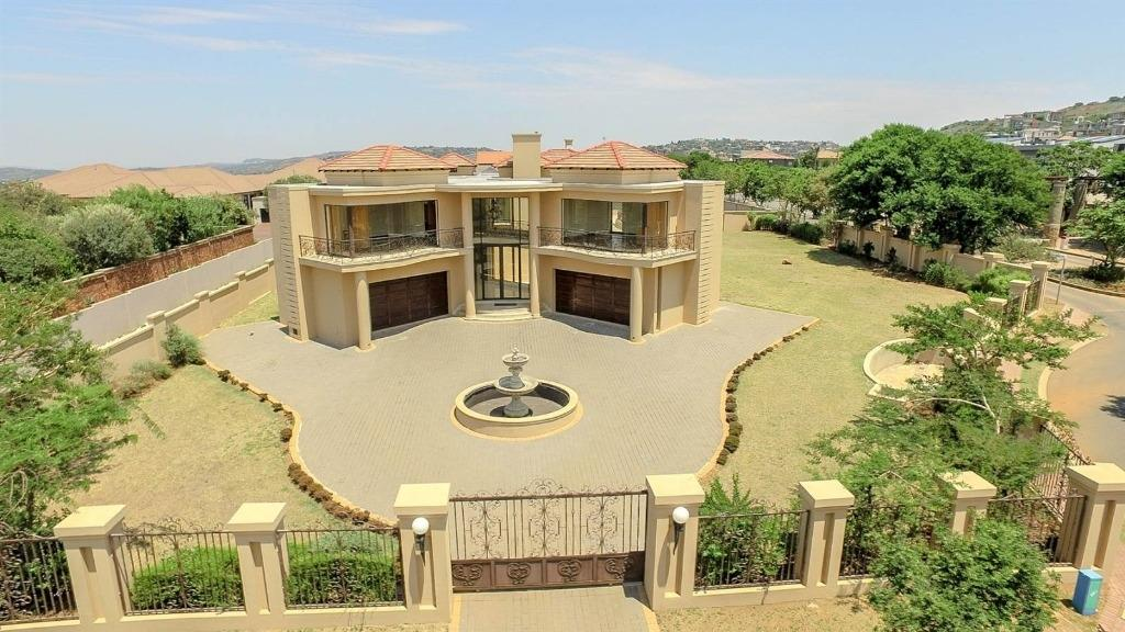 Property and Houses for sale in Meyersdal Eco Estate, House, 5 Bedrooms - ZAR 14,895,000