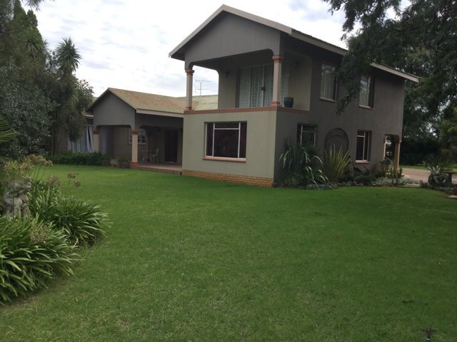 Vereeniging, Unitas Park Property    Houses For Sale Unitas Park, Unitas Park, Farms 4 bedrooms property for sale Price:2,682,000