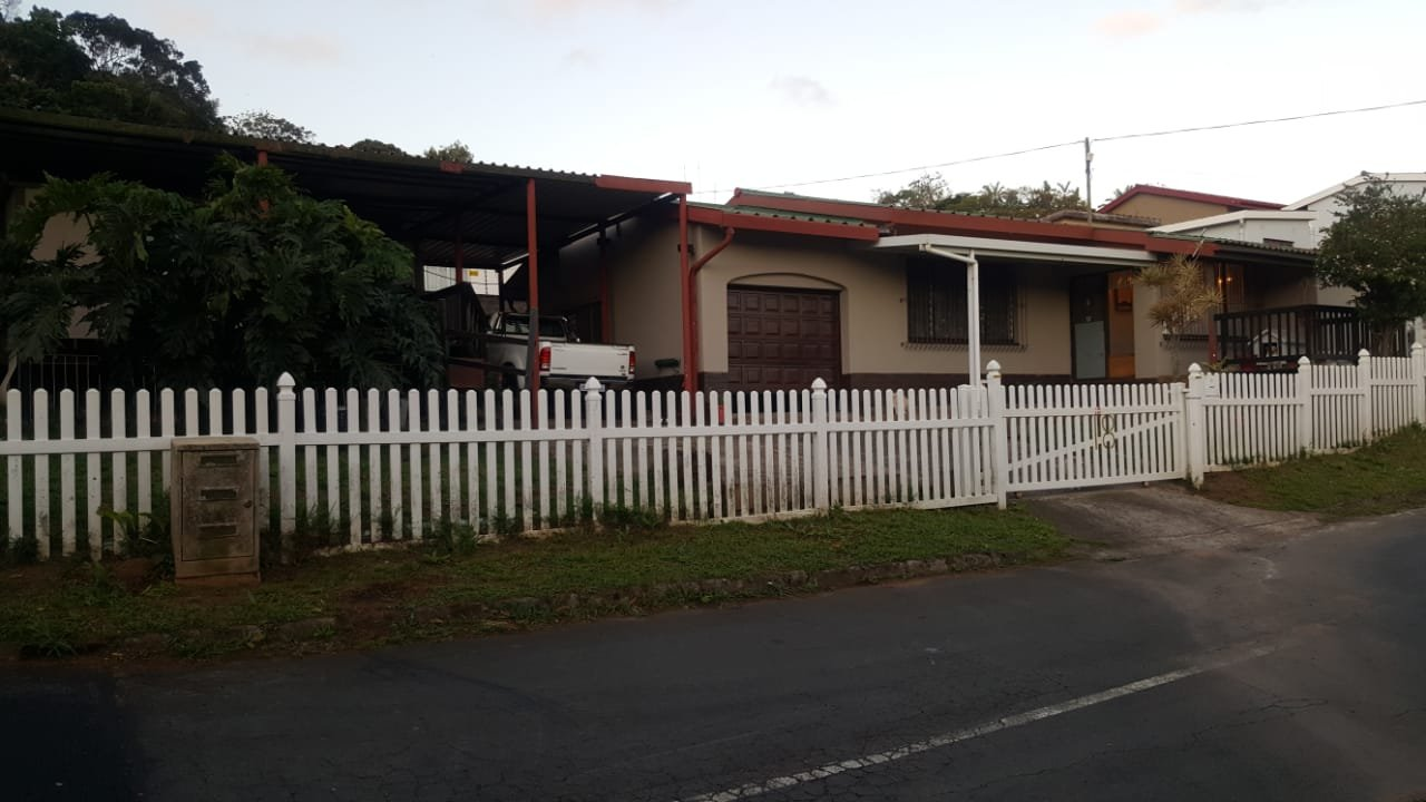 , House, 2 Bedrooms - ZAR 650,000