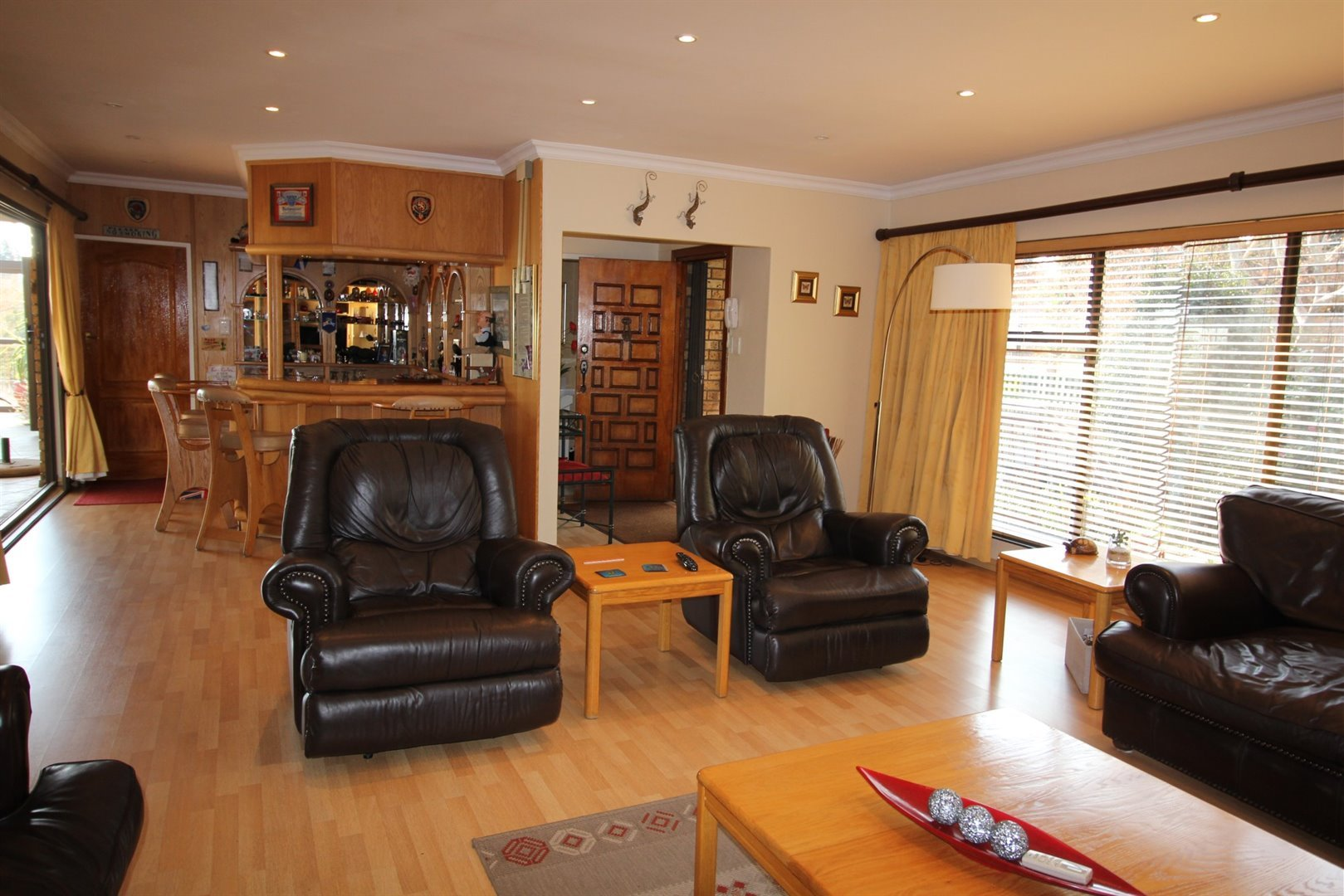 Three Rivers East property for sale. Ref No: 13506082. Picture no 4