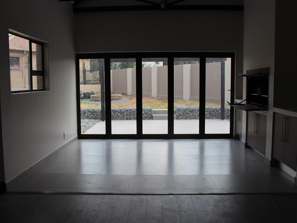Celtisdal property for sale. Ref No: 13230610. Picture no 10