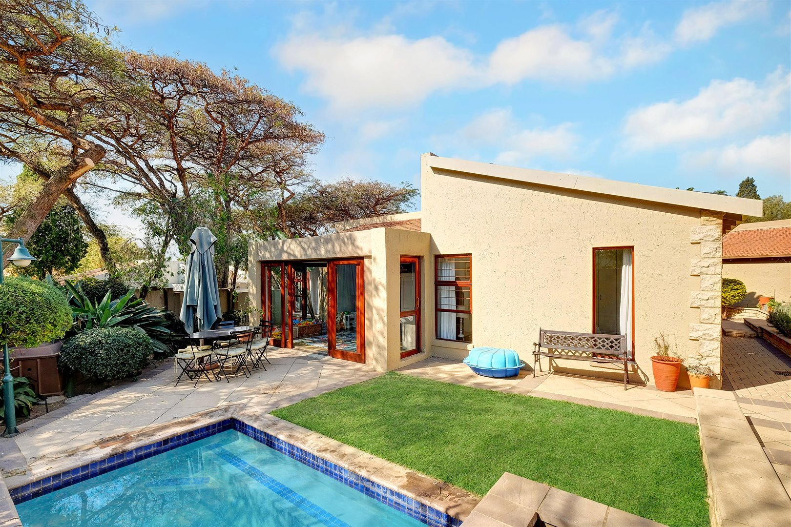 Sandton, Magaliessig Property  | Houses For Sale Magaliessig, Magaliessig, House 3 bedrooms property for sale Price:2,250,000