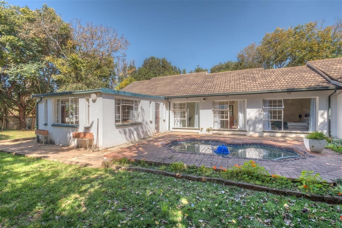 Property and Houses for sale in Randpark Ridge, House, 3 Bedrooms - ZAR 1,575,000