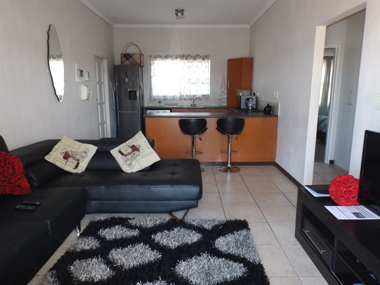 Property for Sale by DLC INC. ATTORNEYS Heinrich Ferreira, Apartment, 2 Bedrooms - ZAR 750,000