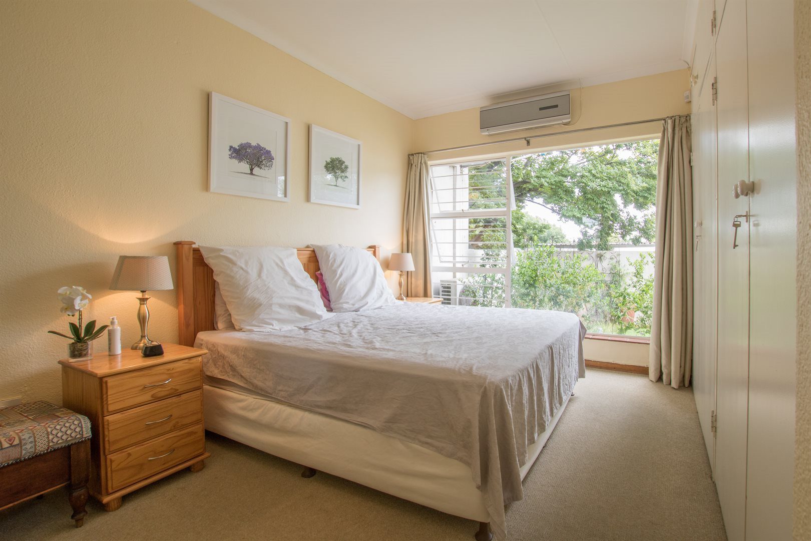 Lonehill property for sale. Ref No: 13566031. Picture no 9