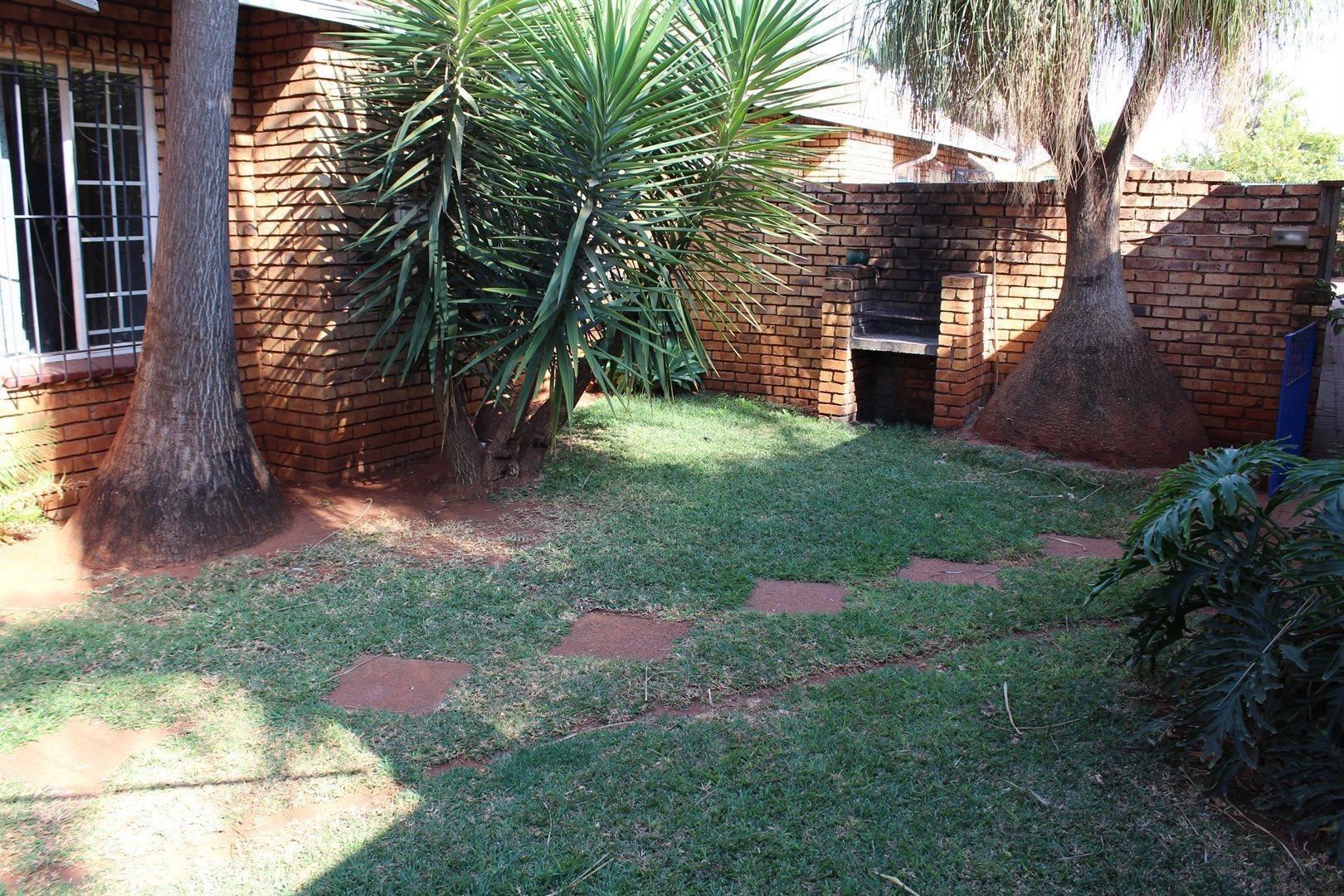 Pretoria, Hesteapark Property  | Houses For Sale Hesteapark, Hesteapark, Apartment 2 bedrooms property for sale Price:499,000