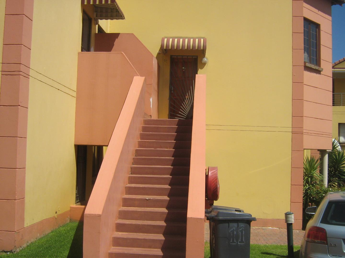 Mondeor property for sale. Ref No: 13525977. Picture no 2