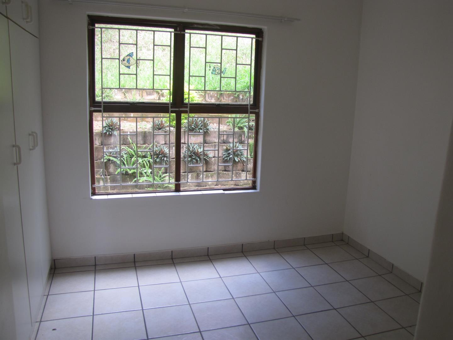 Amanzimtoti to rent property. Ref No: 13518116. Picture no 13
