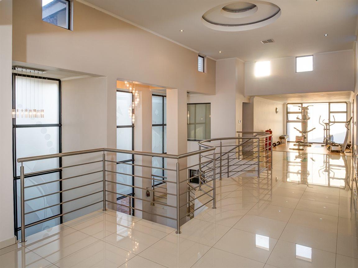 Zwartkop Golf Estate property to rent. Ref No: 13400079. Picture no 6