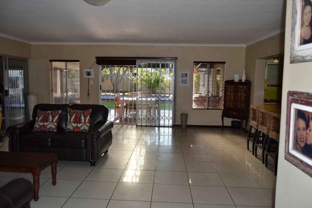 Ceres property for sale. Ref No: 13503997. Picture no 9