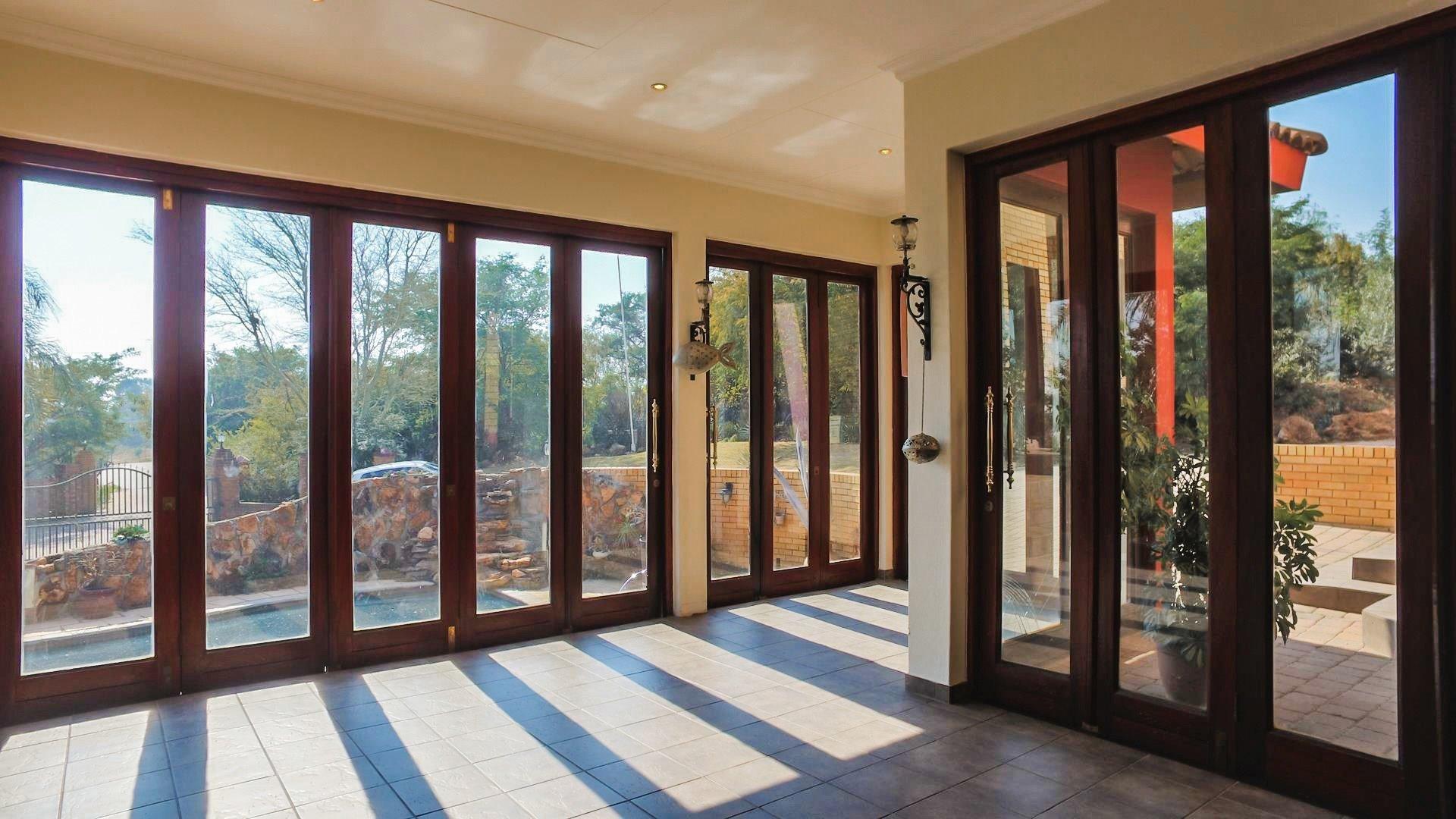 Irene Glen Estate property for sale. Ref No: 13471902. Picture no 14