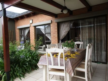 Property and Houses for sale in Retire At Midstream, Townhouse, 2 Bedrooms - ZAR 2,290,000