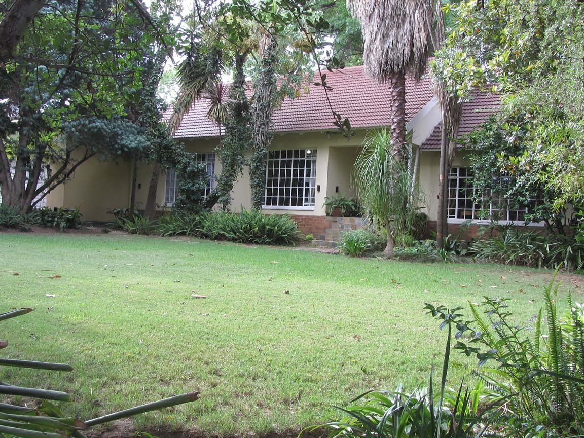 Property and Houses for sale in Maroelana, House, 3 Bedrooms - ZAR 2,585,000