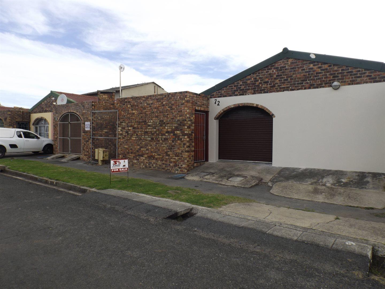 Property for Sale by DLC INC. ATTORNEYS Kerri De La Querra, House, 3 Bedrooms - ZAR 795,000