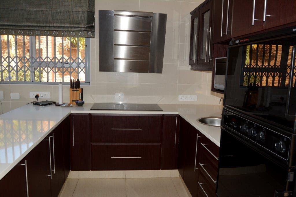 Uvongo property for sale. Ref No: 13366026. Picture no 8