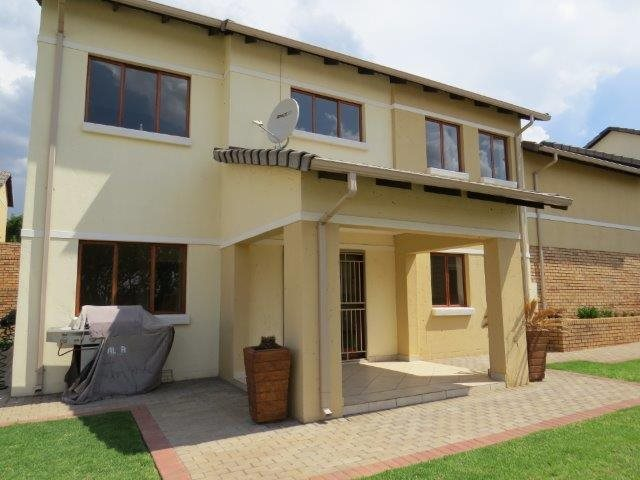 Centurion, Eldo View Property  | Houses For Sale Eldo View, Eldo View, Apartment 4 bedrooms property for sale Price:1,860,000