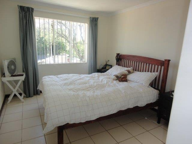 Parktown North property to rent. Ref No: 13553041. Picture no 9