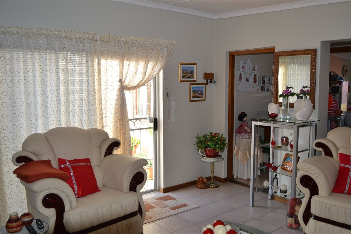 Lamberts Bay property for sale. Ref No: 13363306. Picture no 21