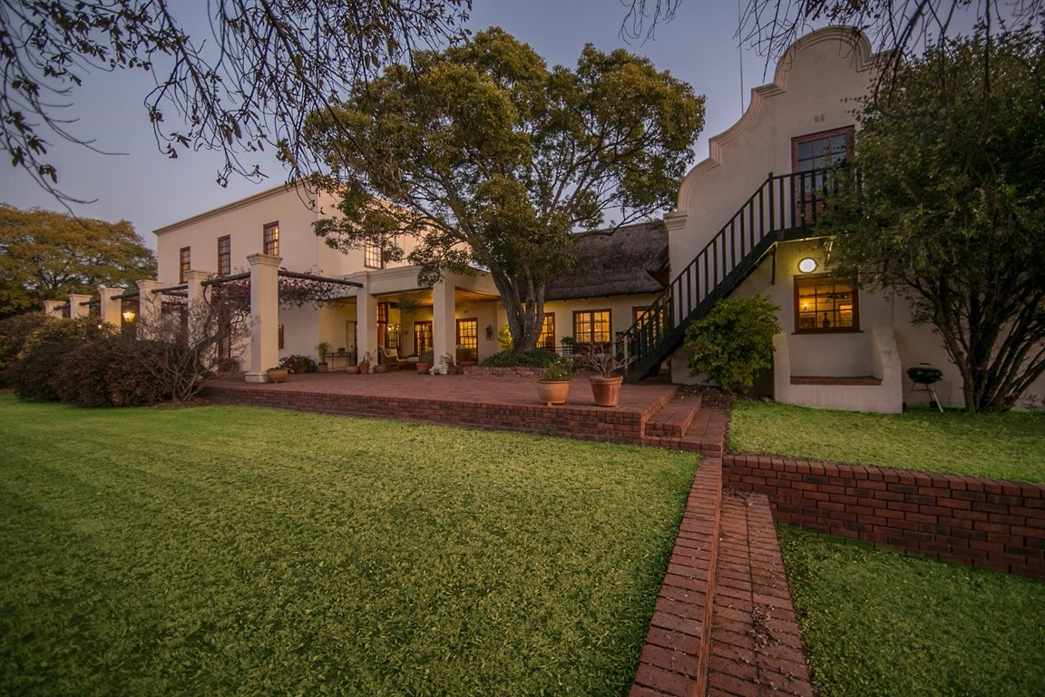 Sandton, Beverley Property  | Houses For Sale Beverley, Beverley, House 4 bedrooms property for sale Price:8,000,000