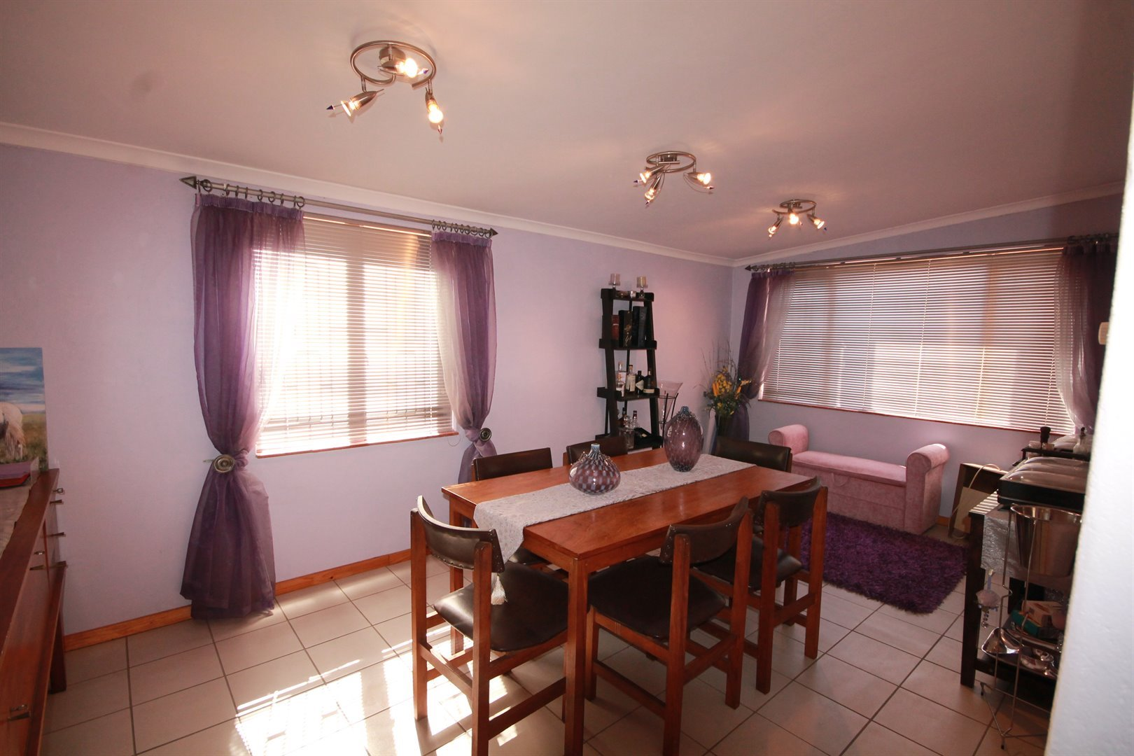 Pinelands property for sale. Ref No: 13463493. Picture no 11