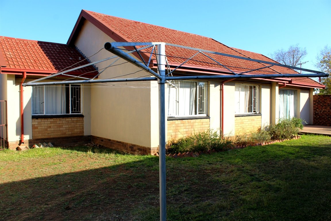 Potchefstroom, Miederpark Property  | Houses To Rent Miederpark, Miederpark, House 3 bedrooms property to rent Price:,  7,00*