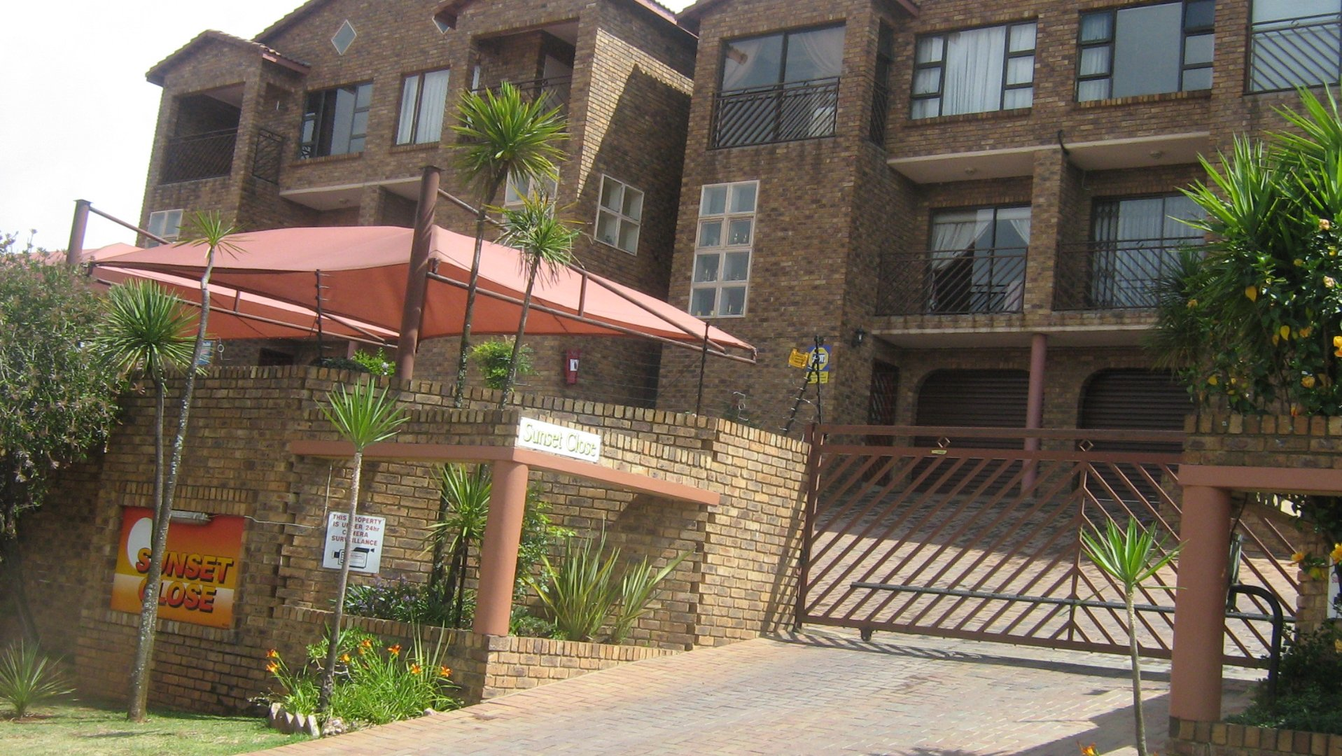 Johannesburg, Ridgeway Property  | Houses For Sale Ridgeway, Ridgeway, Townhouse 3 bedrooms property for sale Price:1,590,000