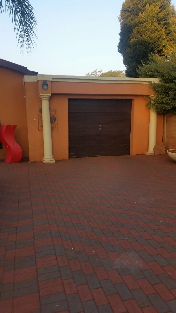 Pretoria, The Orchards Property  | Houses For Sale The Orchards, The Orchards, House 3 bedrooms property for sale Price:1,020,000