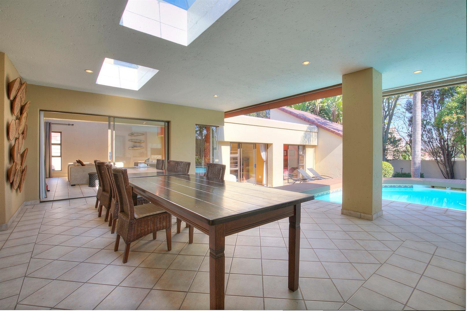 Fourways Gardens property to rent. Ref No: 13567440. Picture no 10