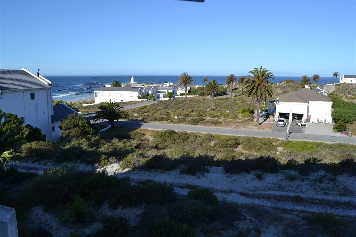 Shelley Point property for sale. Ref No: 12791391. Picture no 20