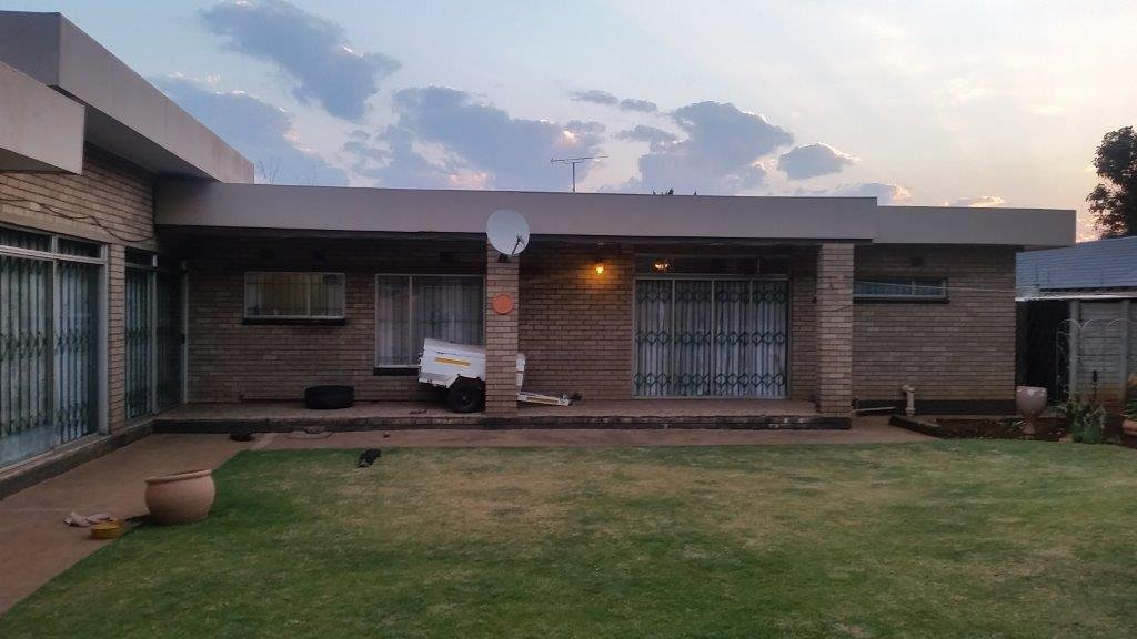 Vanderbijlpark, Vanderbijlpark Se3 Property  | Houses For Sale Vanderbijlpark Se3, Vanderbijlpark Se3, House 3 bedrooms property for sale Price:1,380,000