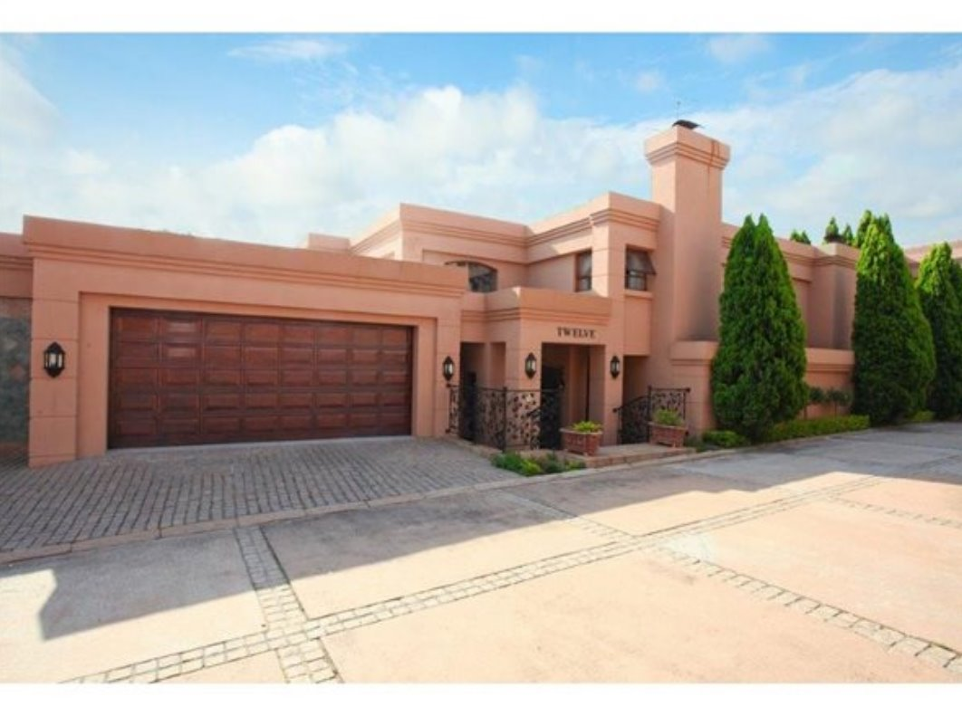 Sandton, Hyde Park Property    Houses For Sale Hyde Park, Hyde Park, House 4 bedrooms property for sale Price:5,999,999