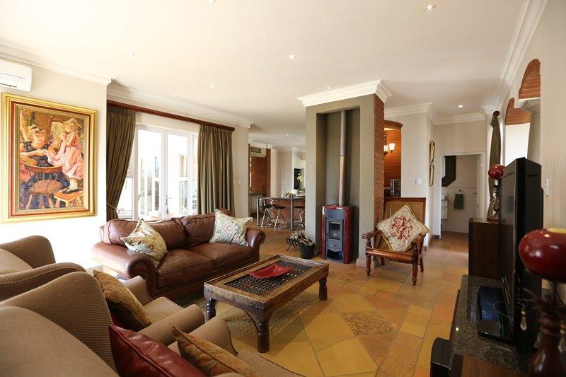 Midstream Estate property for sale. Ref No: 13254174. Picture no 5