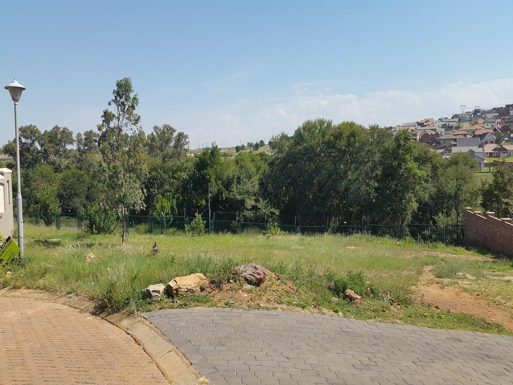 Rietvlei Heights Country Estate property for sale. Ref No: 13296024. Picture no 21