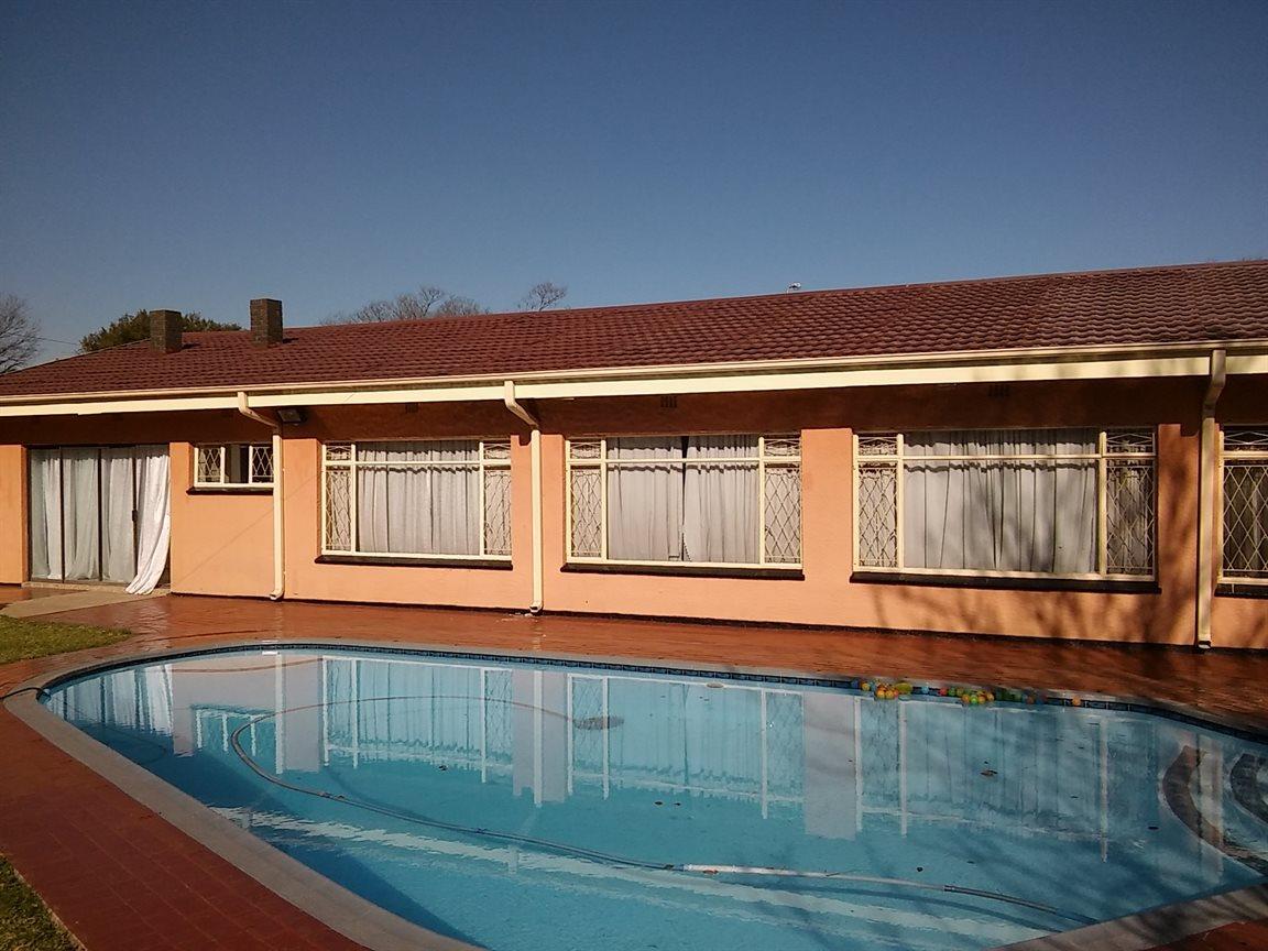 Vanderbijlpark Sw 5 property for sale. Ref No: 13530752. Picture no 1
