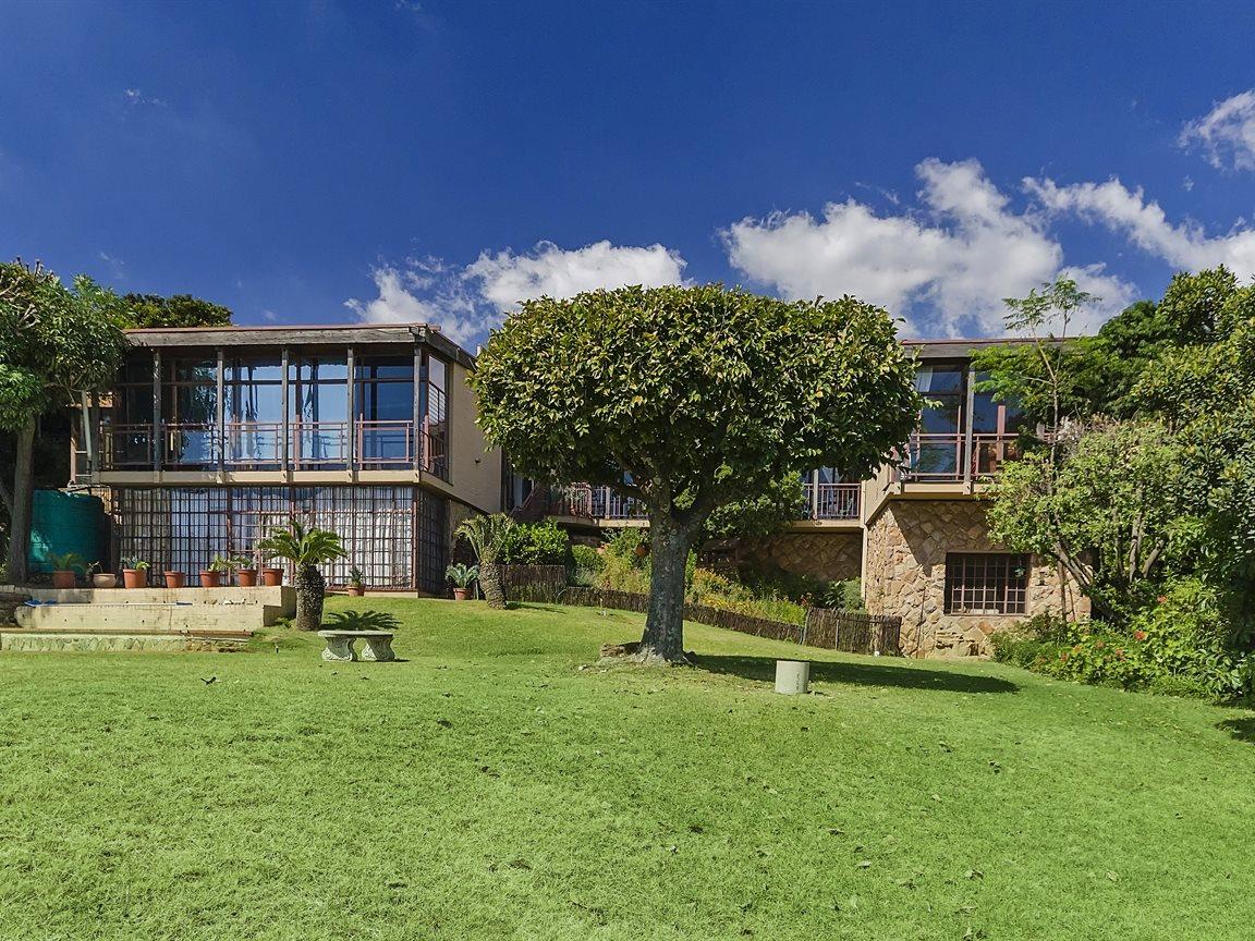 Houghton Estate property for sale. Ref No: 13434554. Picture no 13
