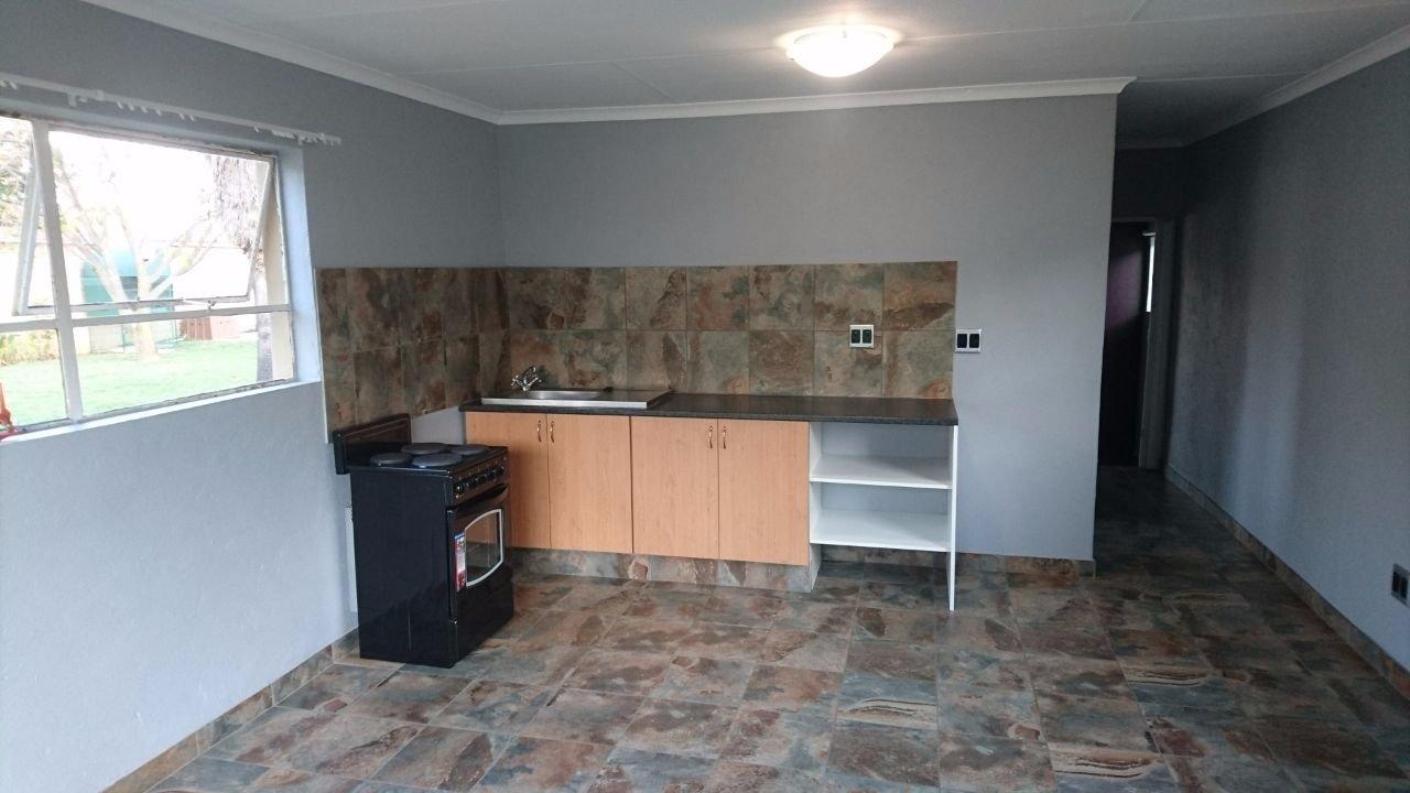 Krugersdorp, Krugersdorp North Property    Houses To Rent Krugersdorp North, Krugersdorp North, House 1 bedrooms property to rent Price:,  4,00*