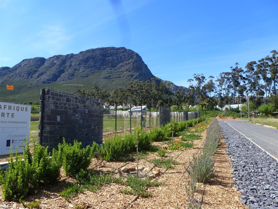 Franschhoek property for sale. Ref No: 13394317. Picture no 2