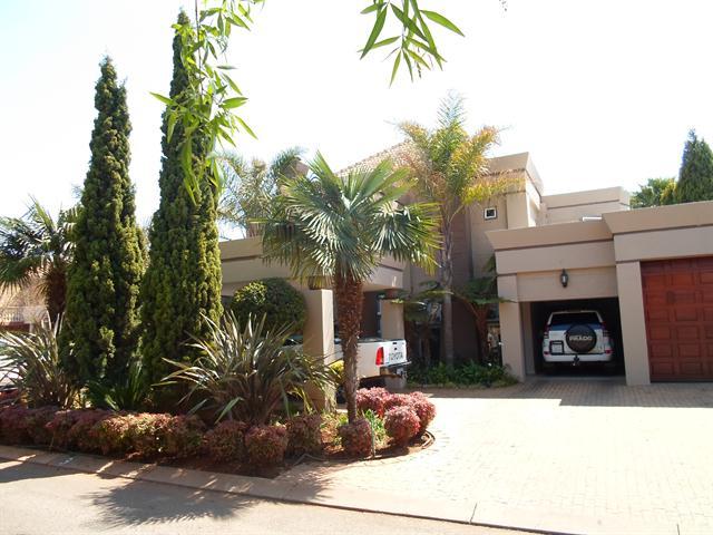 Centurion, Centurion Golf Estate Property  | Houses To Rent Centurion Golf Estate, Centurion Golf Estate, House 4 bedrooms property to rent Price:, 30,00*