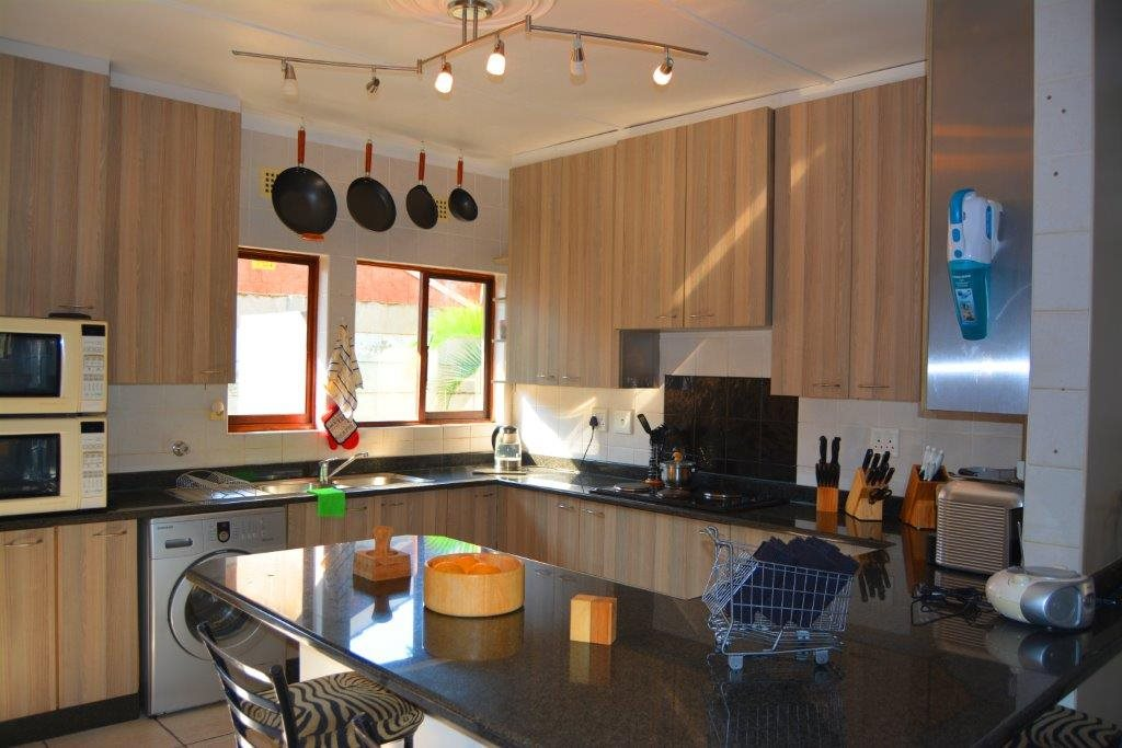 Shelly Beach property for sale. Ref No: 12794927. Picture no 12